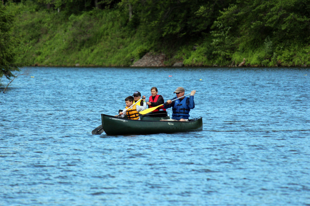 canoe family boating